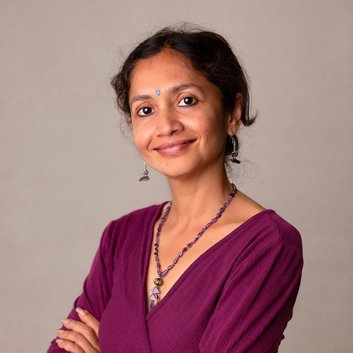 Anju professeur de yoga prénatal